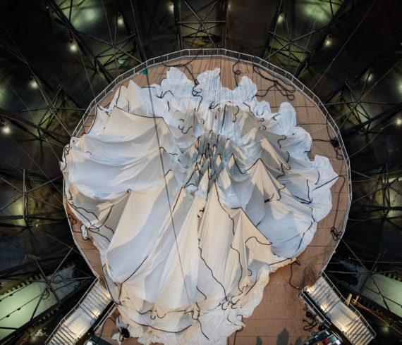 Big Air Package von Christo im Gasometer Oberhausen, Eventfotografie